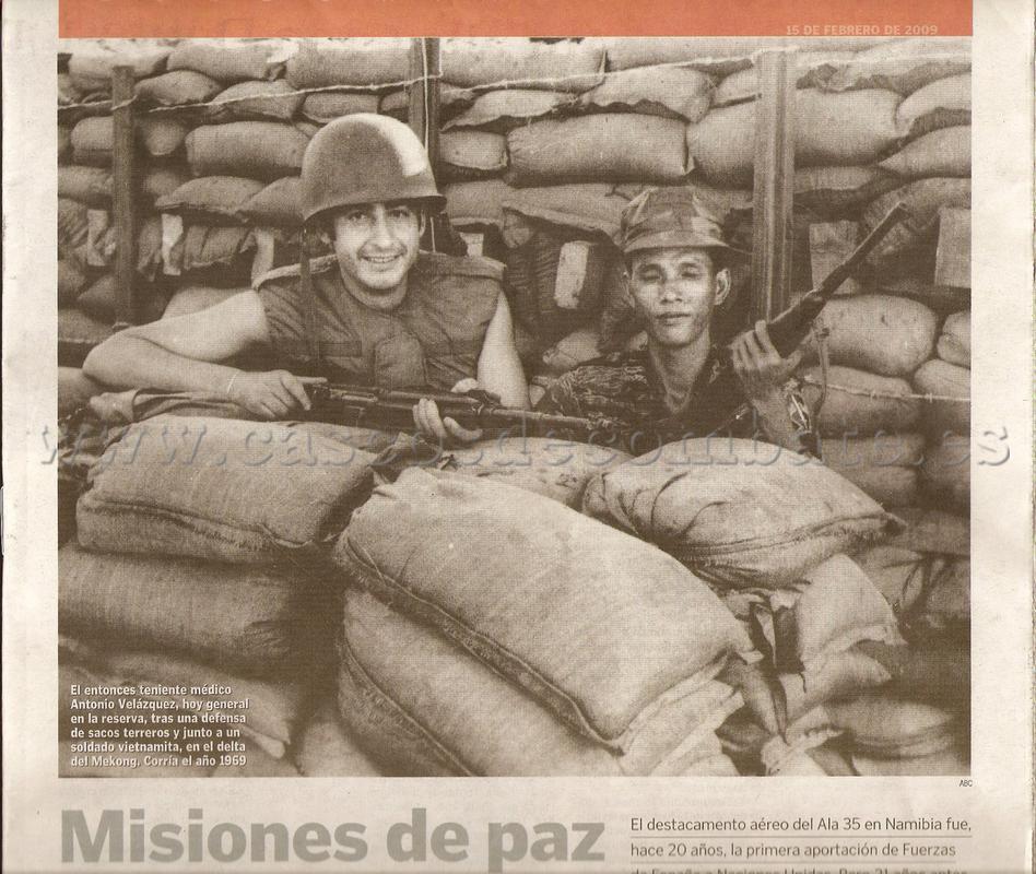 ESPAÑOLES EN VIETNAM - Historia, Cascos y Uniformes. ABC_150209_001
