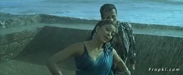 Tanushree Dutta Rain song from Apartment Tanushree_Rain_8
