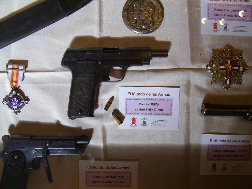 """Exposición """"EL MUNDO DE LAS ARMAS"""", Burgos, 10-25 Mayo 2013. 20130512_Burgos_033"""