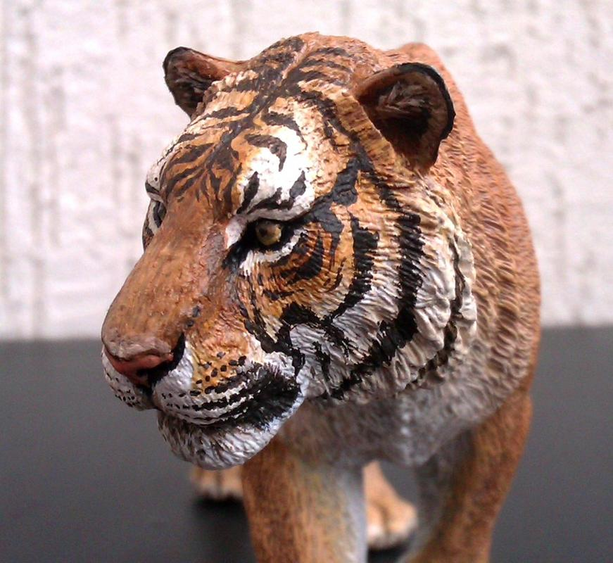 Repainting a TIGER in ``Kosta`s style`` :D - Page 2 Image