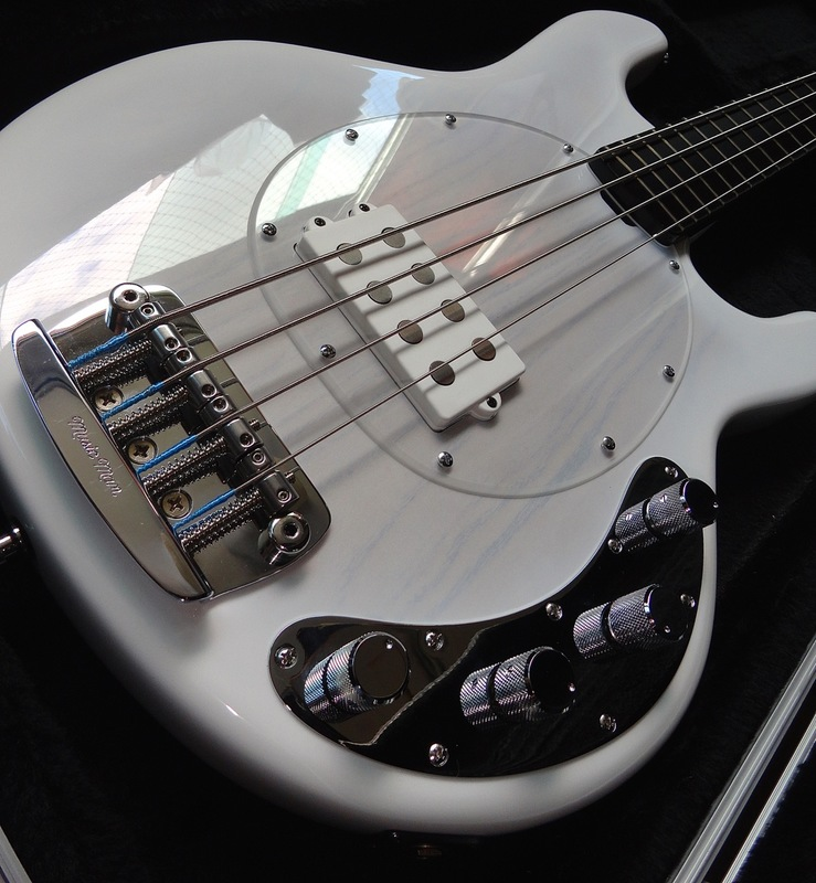 Ernie Ball Music Man 40th Anniversary StingRay Bass DSC05514