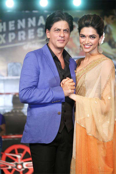 All aboard Chennai Express with SRK, Deepika Msid_21646792width_614height_630_cms