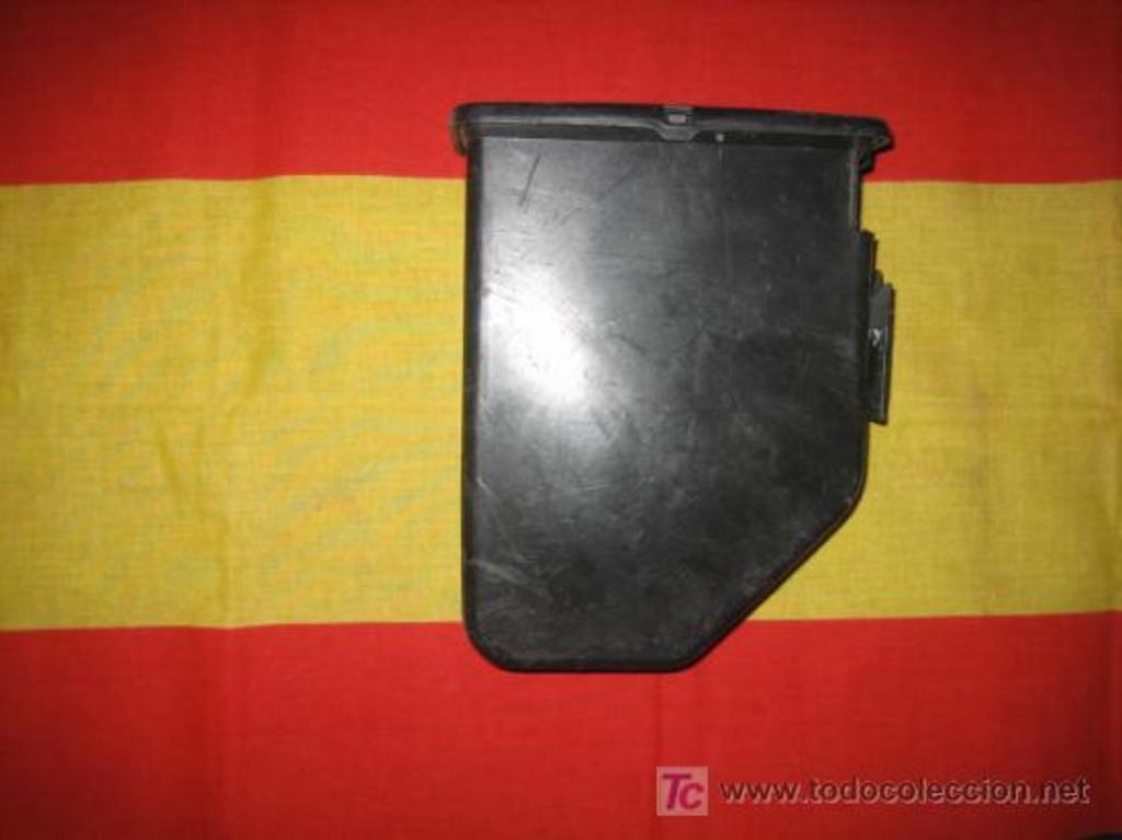 Cargador de plástico para munición de fogueo Minimi/M249. ¿Posible uso en la AMELI? 7228133