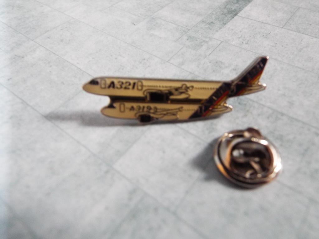 Aviation Enamel Pin Badges DSCF3729