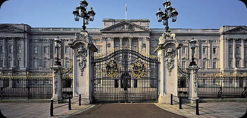 Elysium Buckingham Palace Rsz_02_palacefront