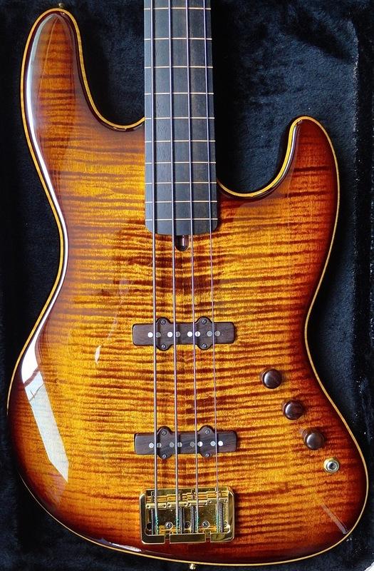 Mostre o mais belo Jazz Bass que você já viu - Página 10 DSC05888