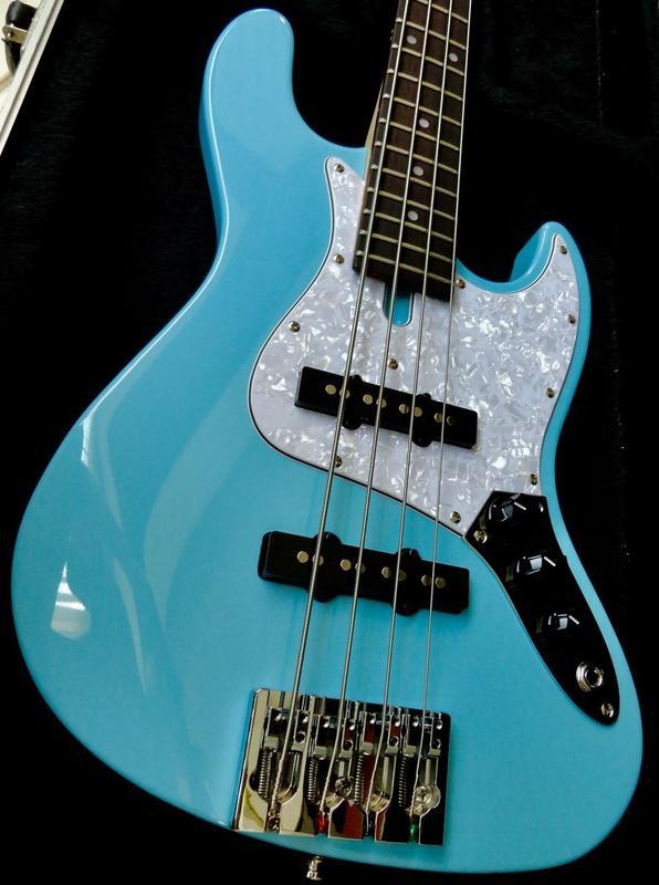 Jazz Bass Clube. - Página 13 DSC08305