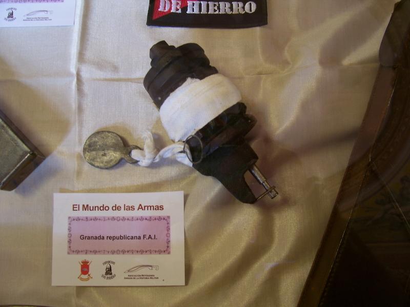 """Exposición """"EL MUNDO DE LAS ARMAS"""", Burgos, 10-25 Mayo 2013. 20130512_Burgos_047"""