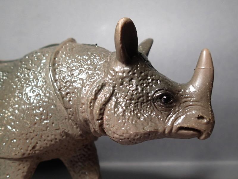 The Javan rhino from Bullyland :-) Bully_Rhino_Body_Horn