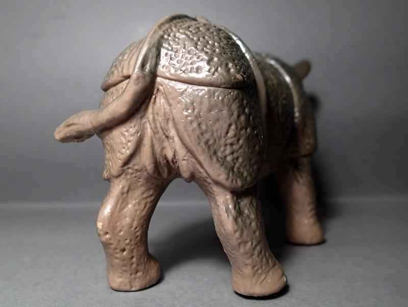 The Javan rhino from Bullyland :-) Bully_Rhino_Body_Rump