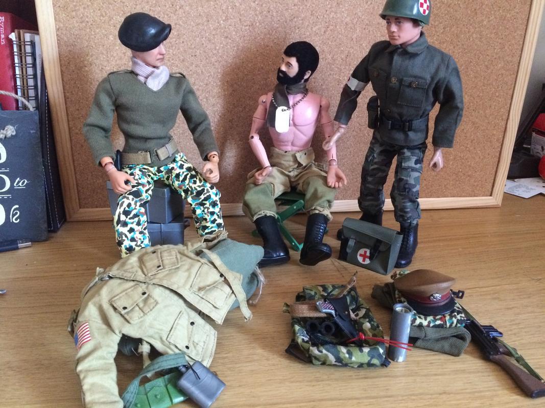 The Munrovians prepare their defenses..part 1. IMG_8446