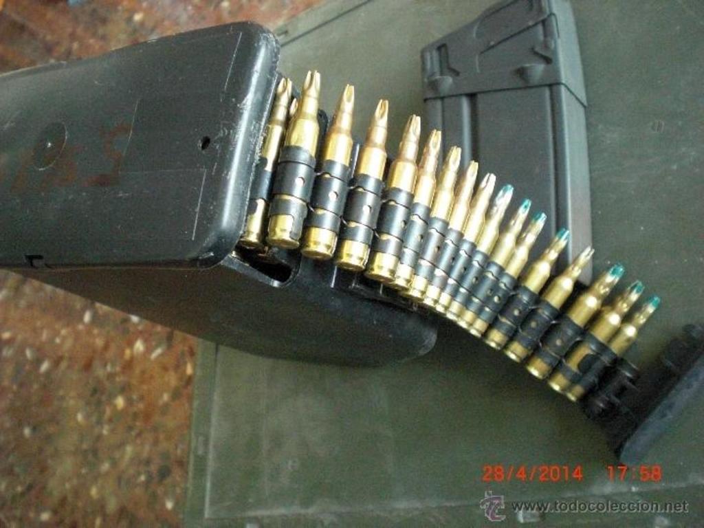 Cargador de plástico para munición de fogueo Minimi/M249. ¿Posible uso en la AMELI? 43058431_19775856