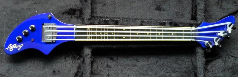 Novos Modelos Fender Jazz Bass 2015 - Mais do mesmo? DSC03049