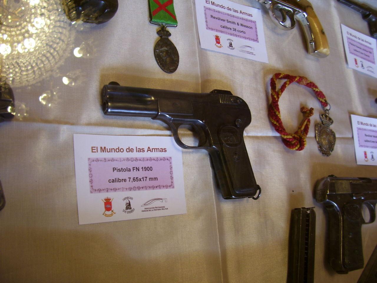 """Exposición """"EL MUNDO DE LAS ARMAS"""", Burgos, 10-25 Mayo 2013. 20130512_Burgos_026"""