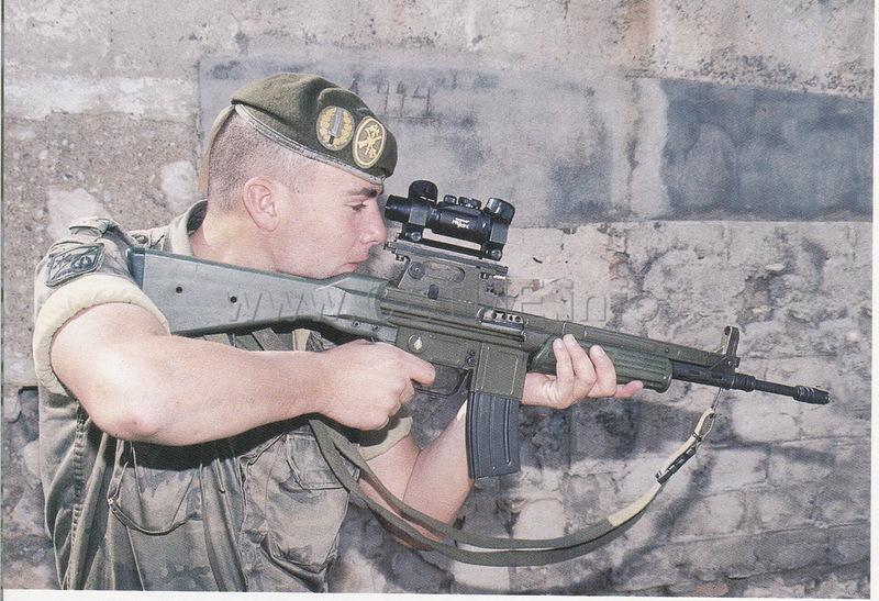 Cartuchos de Tiro Reducido españoles. Revista Armas y Municiones número 34 Legia_XIX_Bandera_CETME_L_aligerado