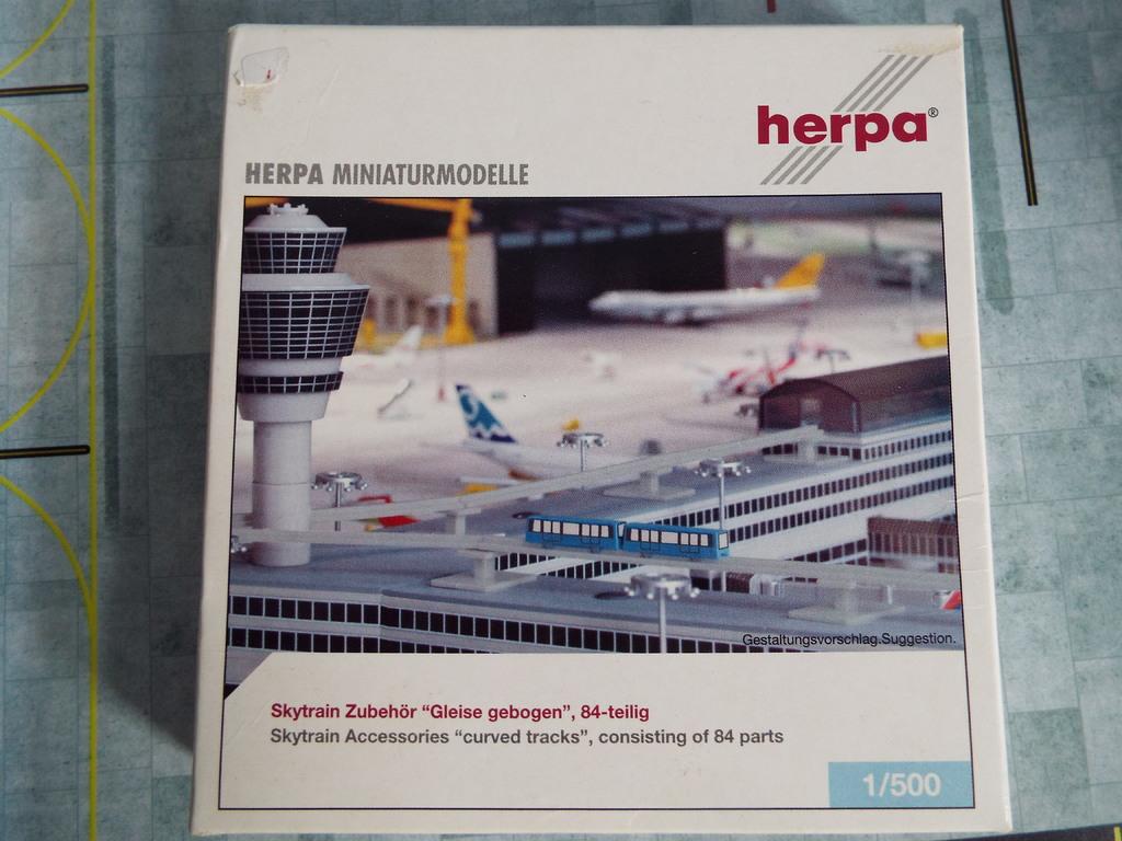 Aeroporturi in miniatura 1:400 - 1:500 DSCF3814