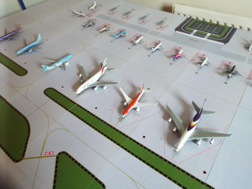 Aeroporturi in miniatura 1:400 - 1:500 DSCF4567