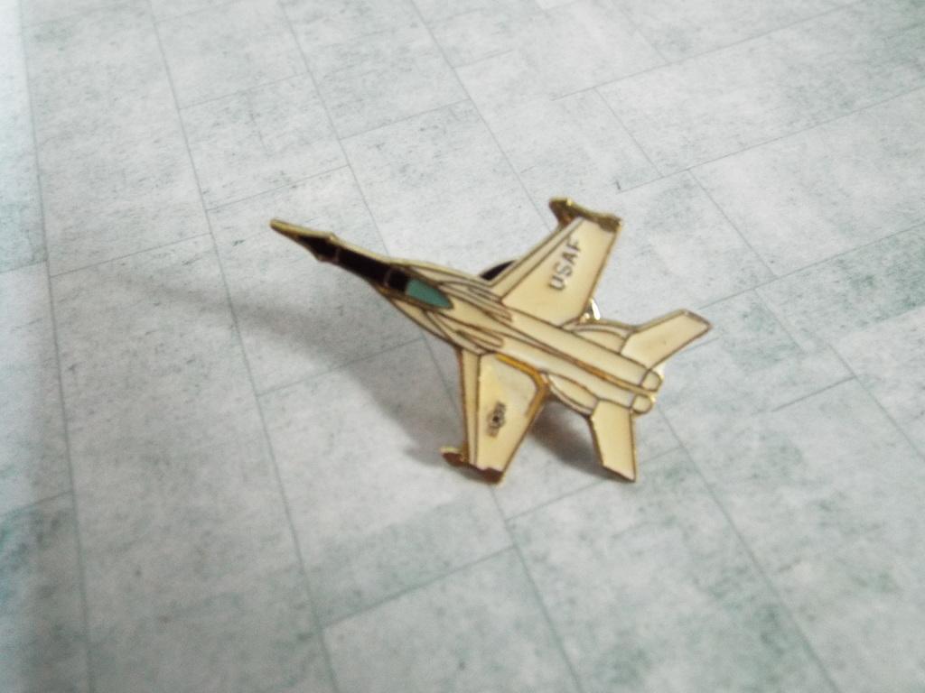 Aviation Enamel Pin Badges DSCF3731
