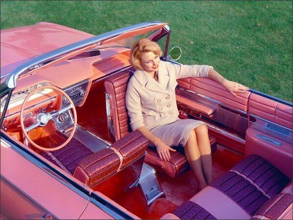 Automobiles: The Agony and the... more Agony - Page 5 1961_buick_flamingo_with_rotating_front_seat