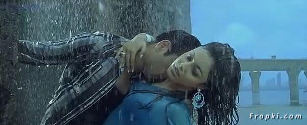 Tanushree Dutta Rain song from Apartment Tanushree_Rain_6
