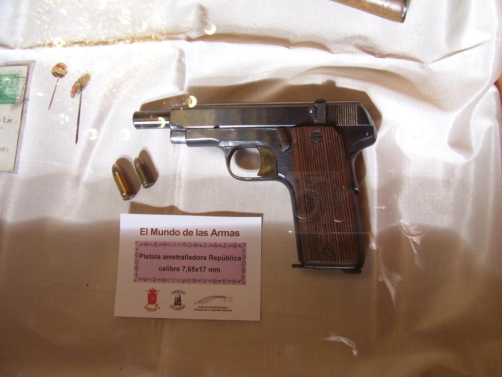 """Exposición """"EL MUNDO DE LAS ARMAS"""", Burgos, 10-25 Mayo 2013. 20130512_Burgos_063"""