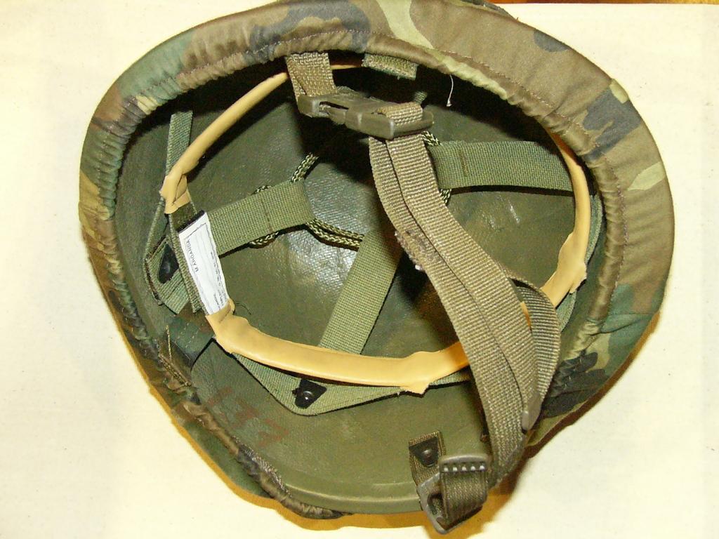 """casco - Casco de Instrucción y Combate """"Marte"""" 01-85/86 01e_Marte_I_85_1986_Barbo_Hebilla_Plastica"""