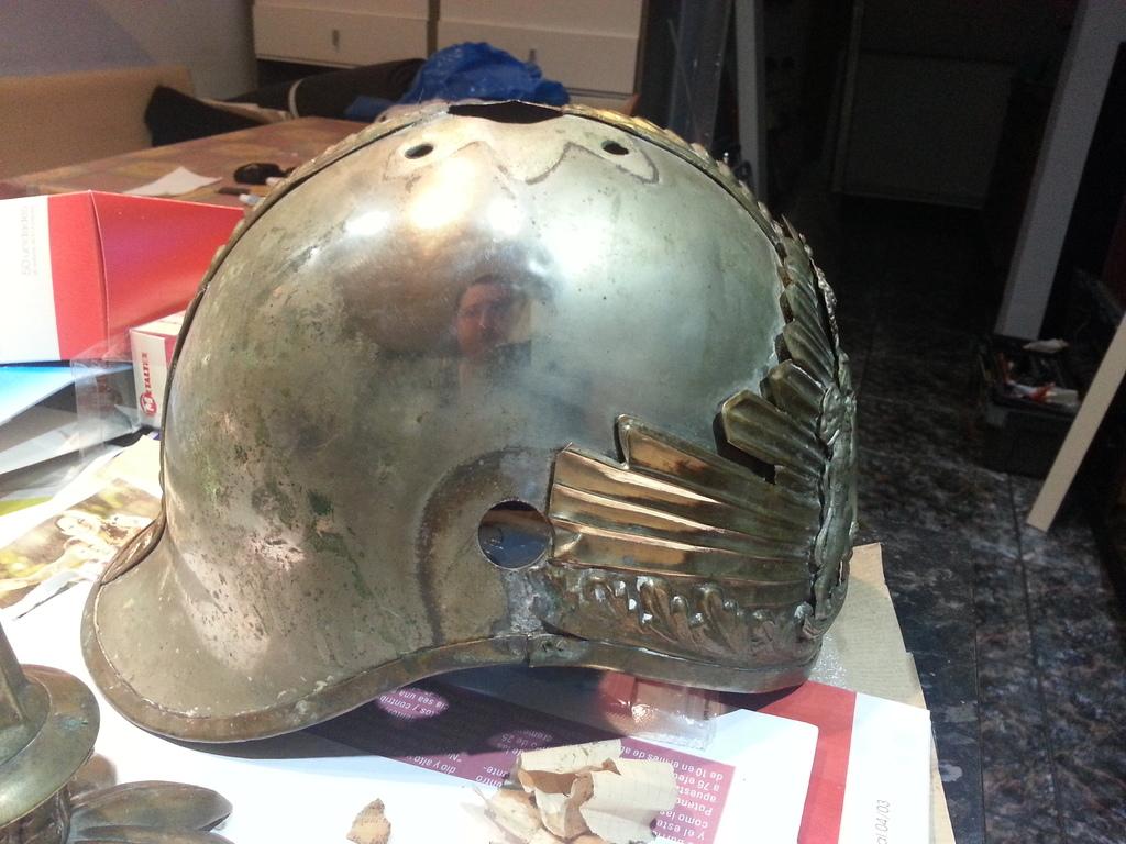 """casco - Casco Mod. 1875 de Oficial de Lanceros del Regimiento Nº1 """"del Rey"""". 20150303_211735"""