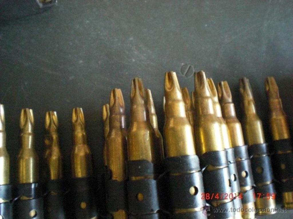 Cargador de plástico para munición de fogueo Minimi/M249. ¿Posible uso en la AMELI? 43058431_19775905