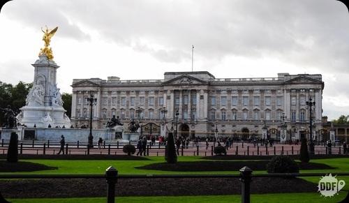 Elysium Buckingham Palace Rsz_01_buckinghammemorial