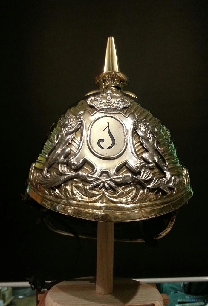 """casco - Casco Mod. 1875 de Oficial de Lanceros del Regimiento Nº1 """"del Rey"""". 20150309_153842_1"""