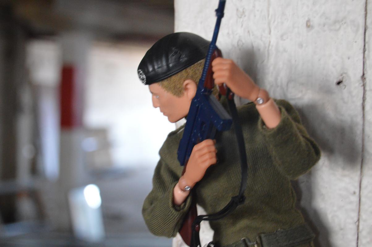 Georgie Warehouse Mission: Day 1 (Fightin' Irish Photo Tribute) DSC_0014
