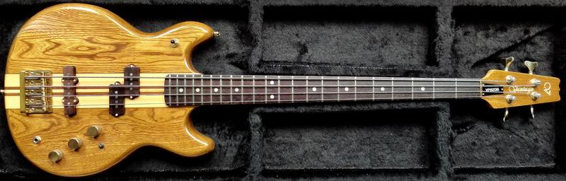 Precision Bass vs Epiphone Thunderbird DSC08293