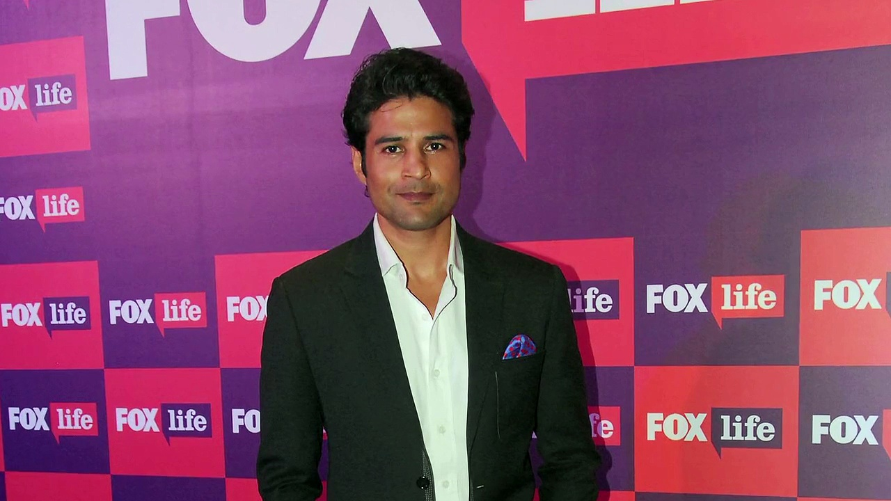 Sony TV's upcoming show Reporters starring Rajeev Khandelwal and Kritika Kamra JX7es