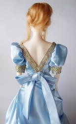 Petite revue des poupées Lady Oscar Beru_os_back611