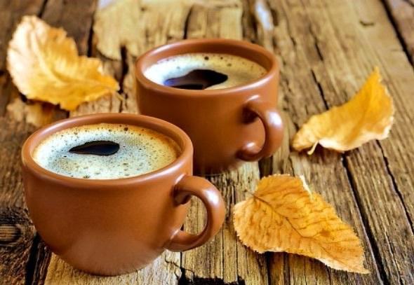 ..... есть ОСЕНЬ, она нежно и аккуратно готовит нас к холодам. Любимая осень. Время размышлений, рук в карманах, глинтвейна по вечерам и приятной меланхолии… - Страница 2 Autumn-coffee-halloween-tumblr-Favim.com-3640752