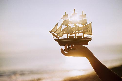 >> IMAGENES ENCADENADAS << - Página 18 Anchor-barco-beautiful-boat-boy-Favim.com-253257