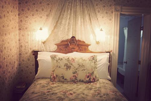 غرف نوم رائعة Beautiful-bed-bed-room-bedroom-color-Favim.com-253419