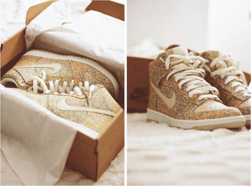 Je garde ou je jette - N°2 Gold-luxury-nike-nike-shoes-shoes-Favim.com-277669