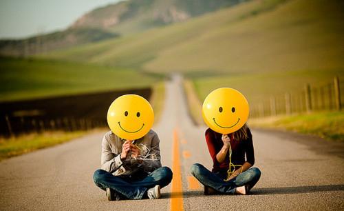 ♥ادخل للمنتدى مبتسم Smile اتاكد راح ترتاح وانت هنا♥♥ ضع بصمتك مبتسم ♥♥ Baloon-couple-road-smile-Favim.com-307031