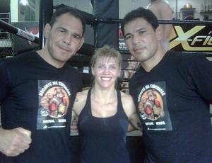 Excampeona de BOXEO va para MMA Duda-yankovich-minotauro-e-minotouro_reptwitter62