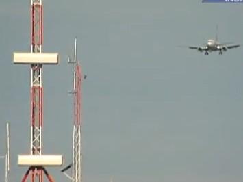 aeroporto - [Brasil] Aeroporto de Florianópolis instala equipamentos de alta precisão  Aeroporto