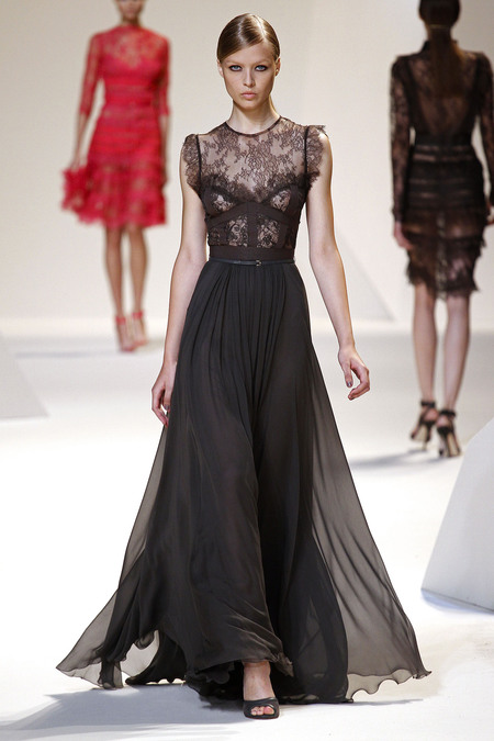 Гардероб наших леді в колекціях fashion дизайнерів - Страница 3 587a28a86980f945632681fe8c4ec5d5