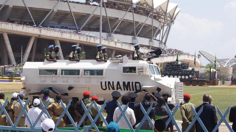 Armée tanzanienne / Tanzania Peoples' Defence Force ( TPDF ) DSC05052_28_Large_29