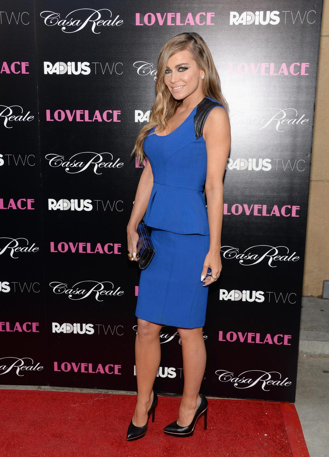 Carmen Electra in blue -Lovelace Premiere Quzq