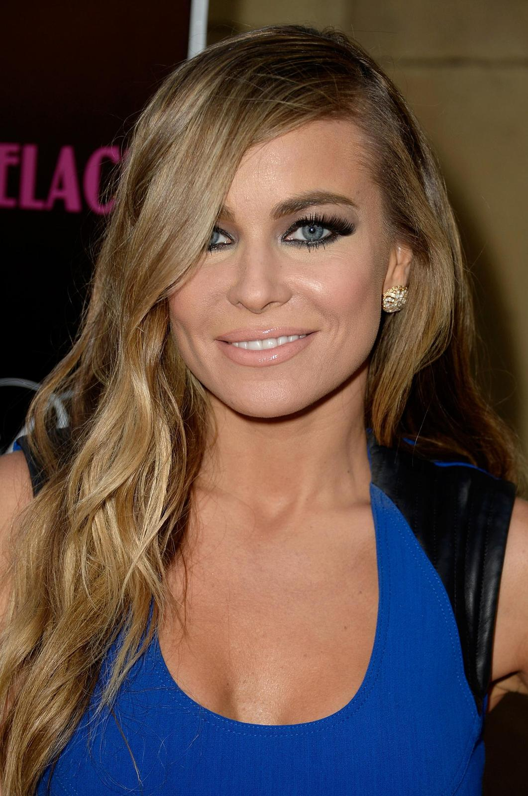 Carmen Electra in blue -Lovelace Premiere 1rv1