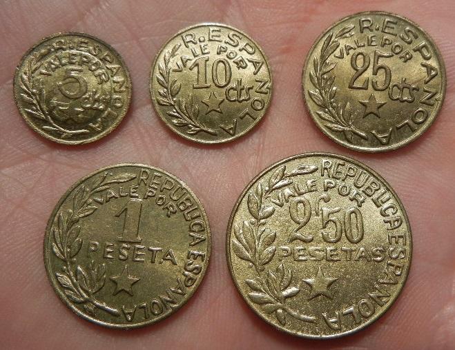 Serie completa de monedas acuñadas por los consejos municipales de Menorca. 1937. SC. Menroca_reveros