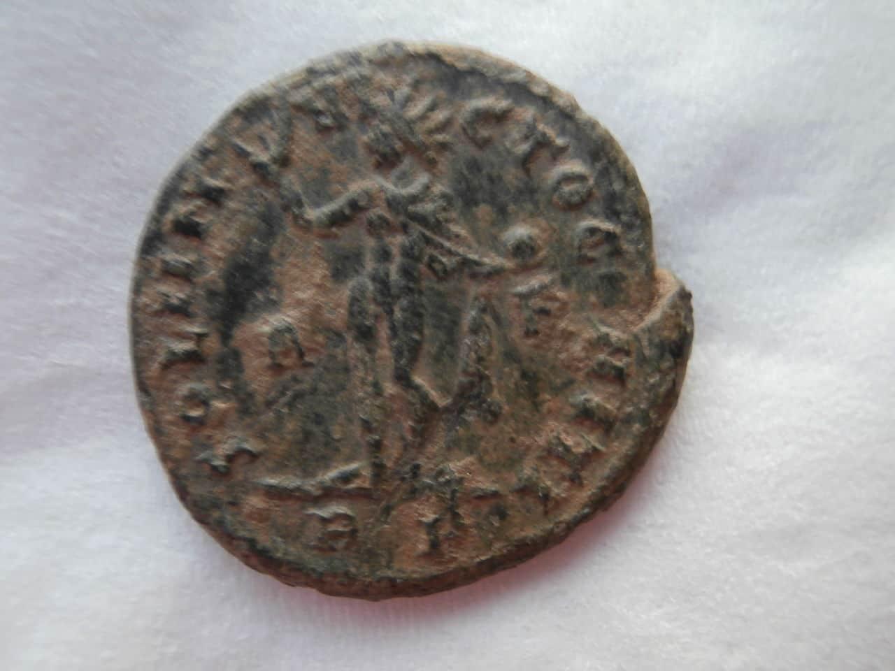 AE4 de Constantino I. SOLI INVICTO COMITI. Ceca Roma. P1200154