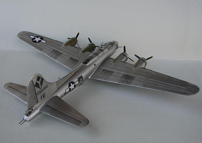 Do Božića B-17G, Academy, 1/72 DSC04363