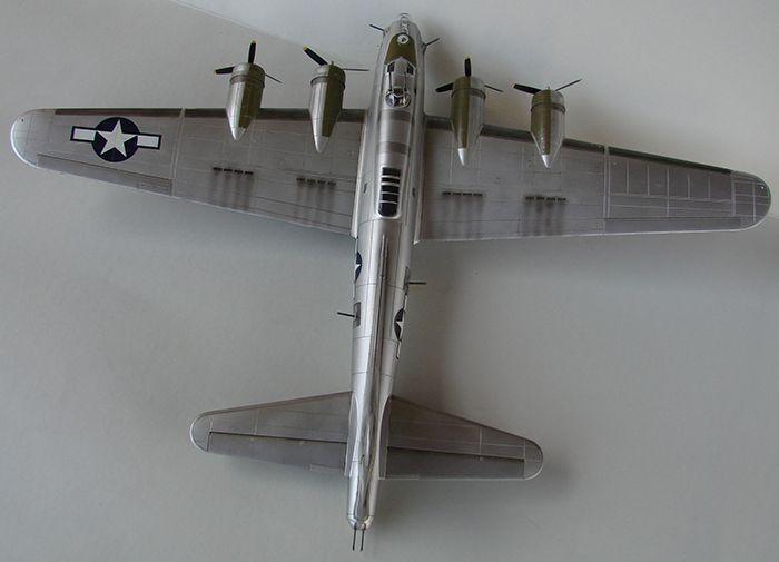 Do Božića B-17G, Academy, 1/72 DSC04376
