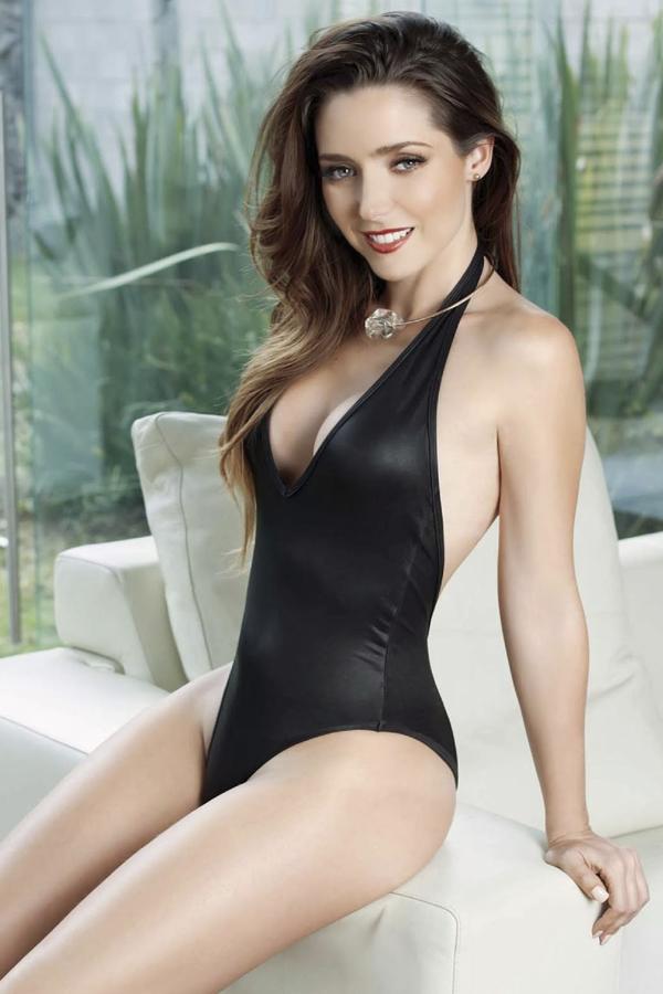 Ariadne Diaz Vs Ximena Duque Image